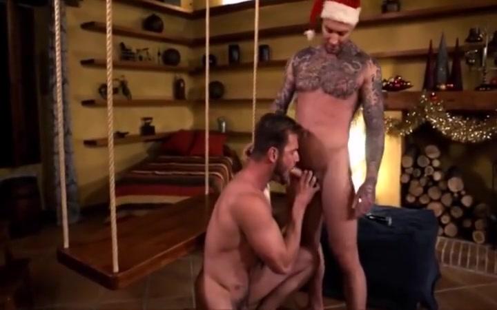 Santa Claus like my nude body .com