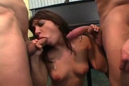 Aussie Babe Sucks Some American Cock Sex stories in usa