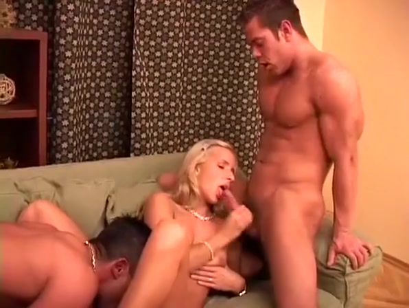 Dudes On Vacation Tag Team Whore Big shemales jerking off