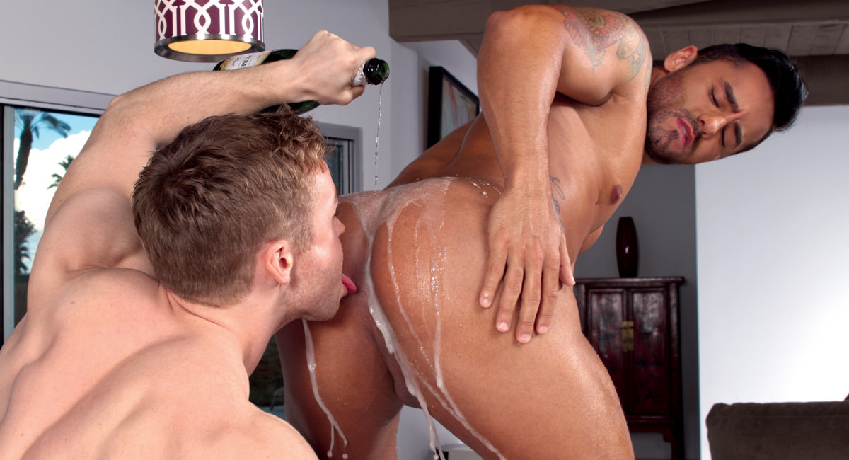 Bruno Bernal Gabriel Cross in Heated, Part Two, Scene #01 - HotHouse America thick ebony anal