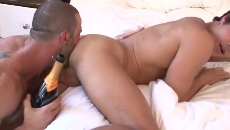 Rafael junior women fucking bed post porn videos
