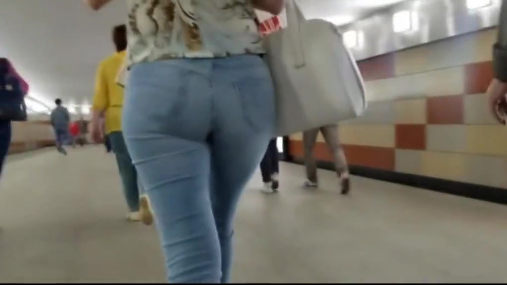 Walking ass parade iv lot of nice asses in jeans Pissing black bitch