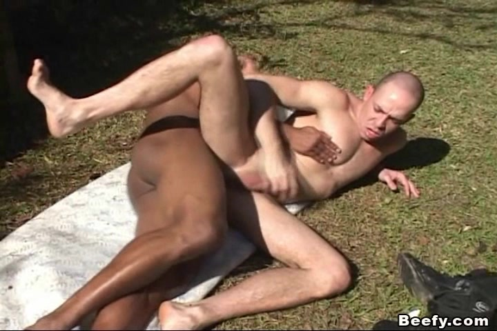 Muscle man seducing the black hunk friend How many sex cells are in the human body