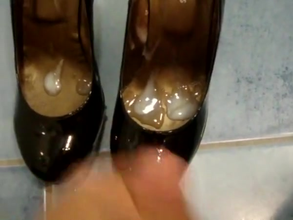 Cum in colleague high heeled shoes free hentai sex tube