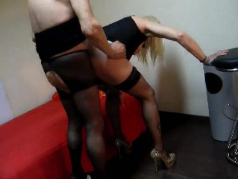 Crossdresser standing barebacked homemade sex toys woman