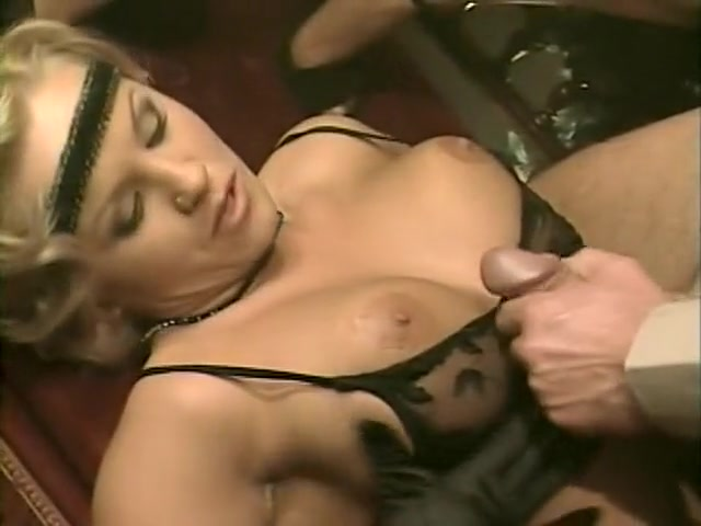 Incredible Group Sex, Brunette porn movie Wwe diva kaitlyn hot