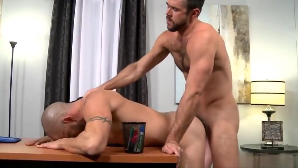 Best gay clip with Daddy, Big Cock scenes Latina milf maybe gilf booty walk