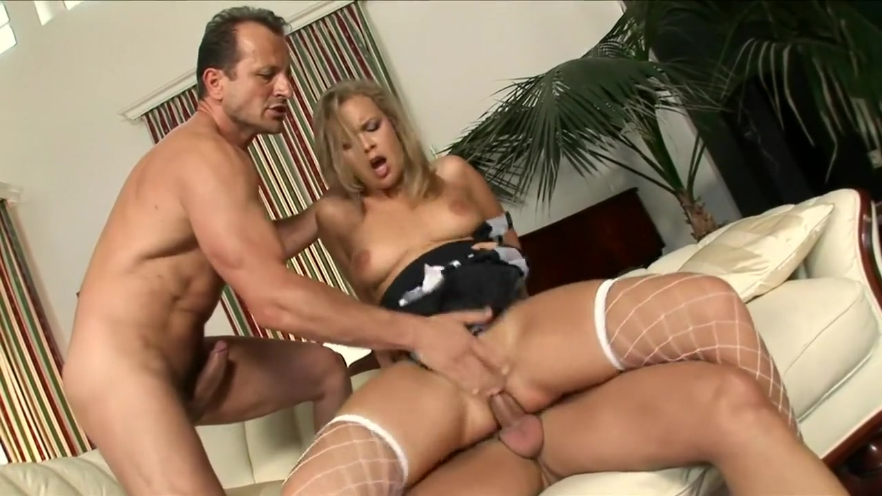Colette begs her two well-endowed lover to stretch her butthole