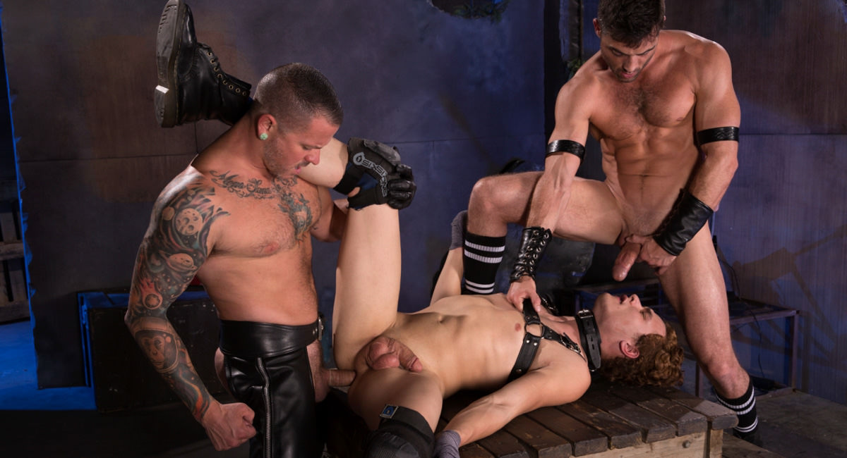 Pig Puppy featuring Lance Hart, Micky Mackenzie, Max Cameron - FistingCentral How to recover a sent email