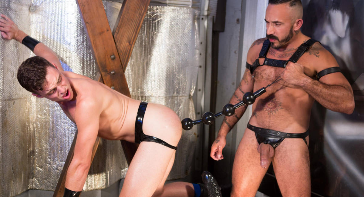 Hole Busters 10 featuring Alessio Romero, Brandon Moore - FistingCentral Naked older women legs up