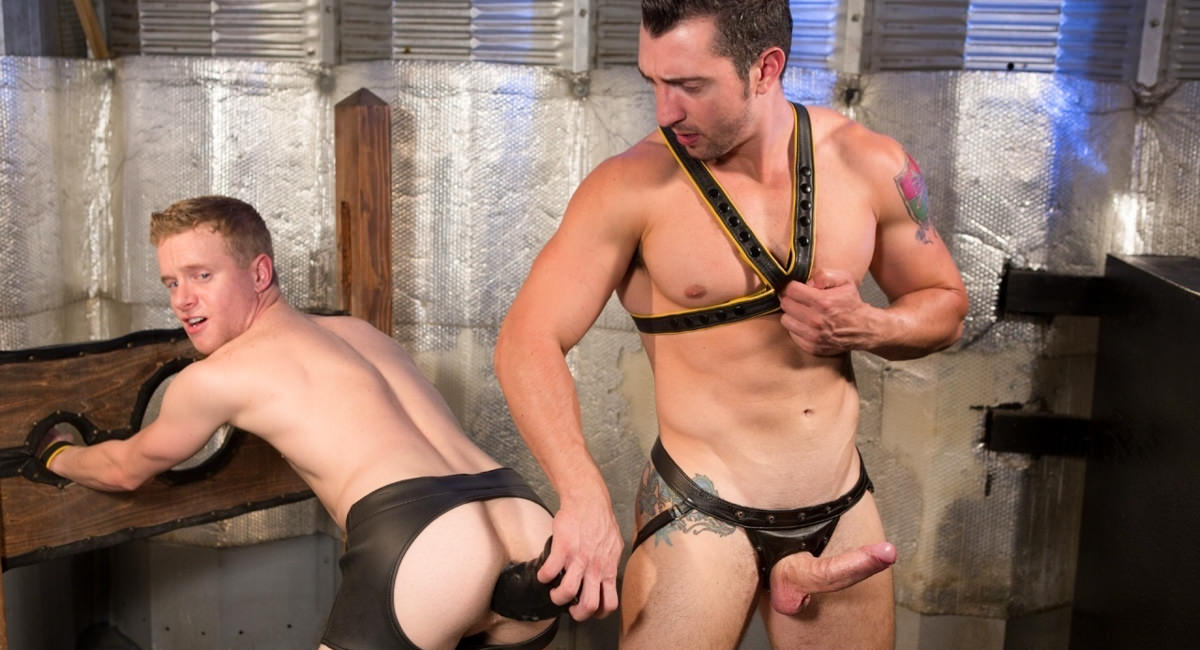 Hole Busters 10 featuring Jimmy Durano, Liam Harkmoore - FistingCentral Jason hand job