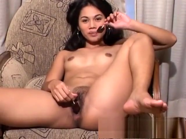 Skinny babe Xena pleases her needy twat with her fingers and a sex toy Freakishly hot boobs