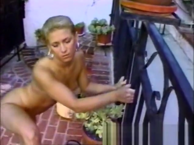 Sexy slender blonde amateur gets her holes tongued and fucked outside
