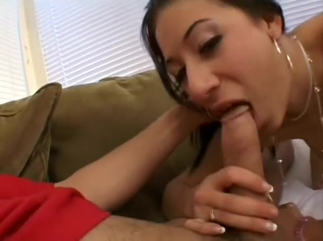 A dark haired slut puts her mouth to work on a throbbing boner What to do at 60 years old
