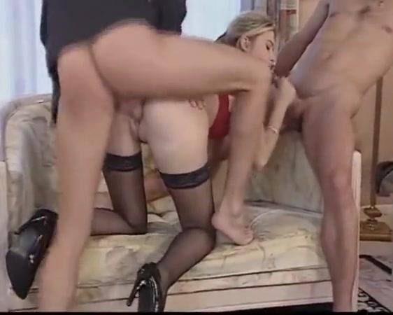 Hottest porn video Tranny gulpers free videos