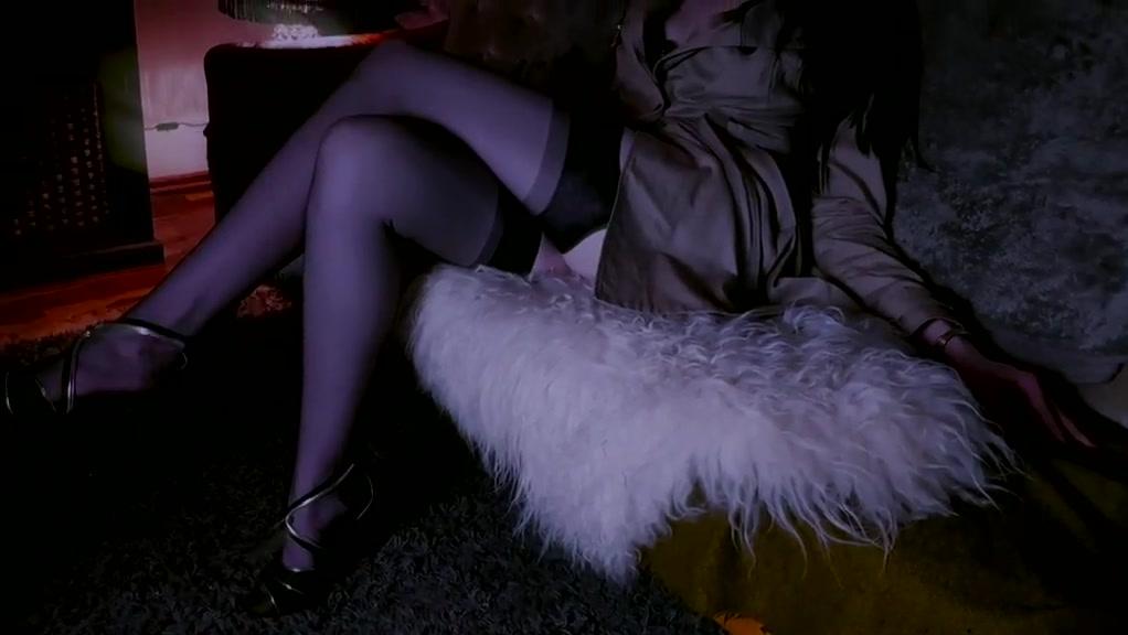 Exotic Latex, Voyeur adult movie