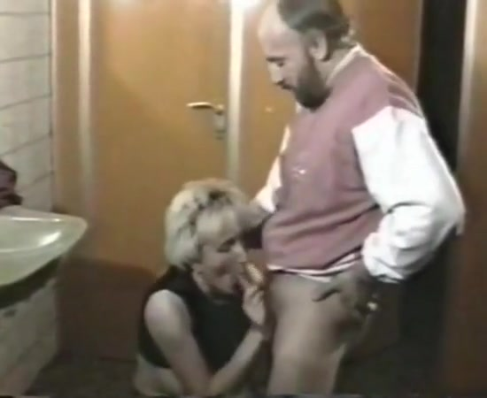 Toilet fun girl gif porn