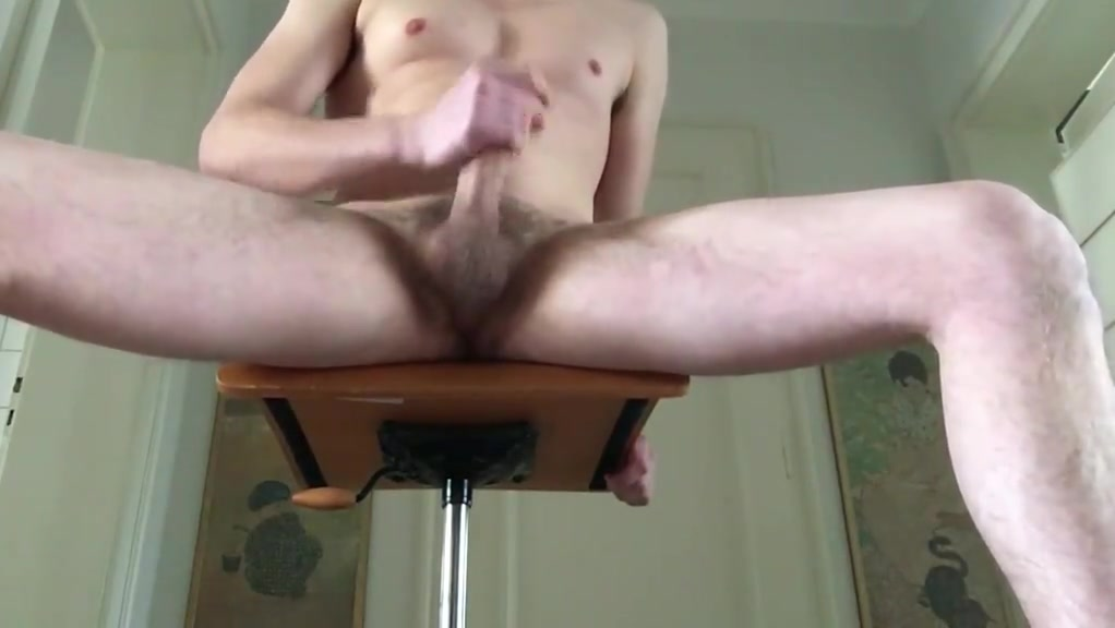 A horny workout - french dirty talk British Bi Milf
