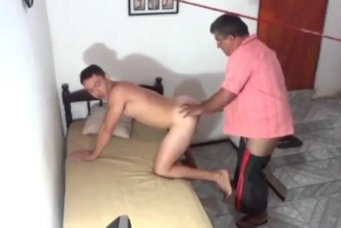 Coroa pegando novinho How long does sex hurt for a woman