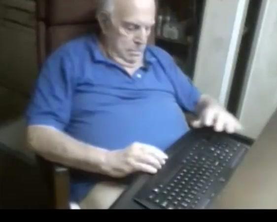 Grandpa stroke on webcam 4 cell phone porn clip