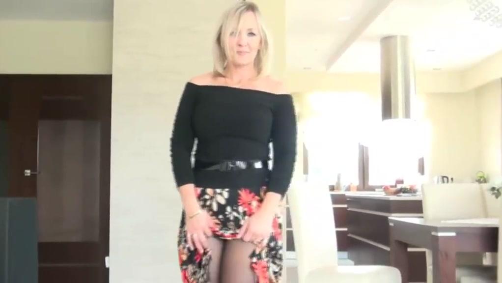Milf teasing 7 angelina jolie sex scandal