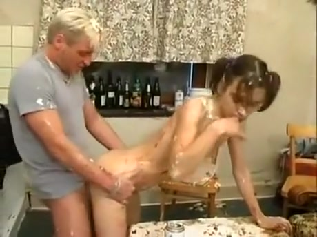 Pee Lovers - 32 What does don t go chasing waterfalls mean