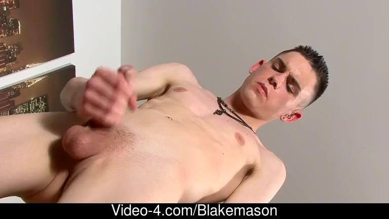 Aaron Aurora - Jerking Off British Twink Aaron Aurora cum on wife gif