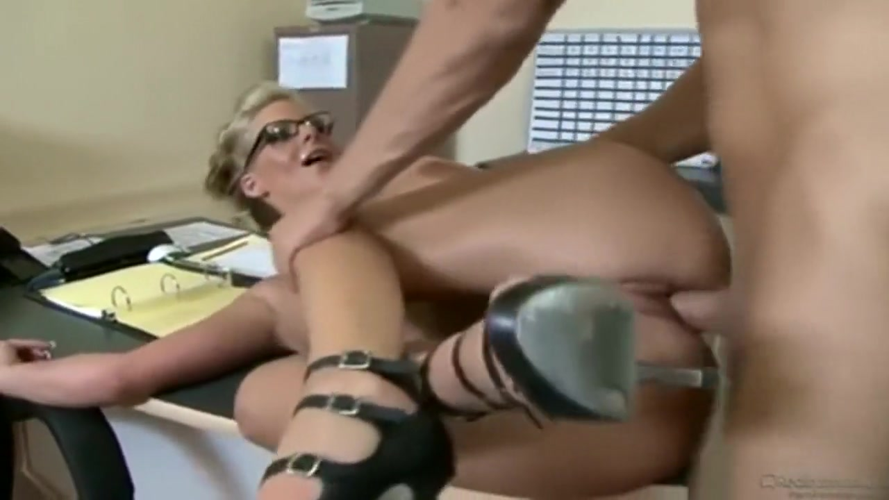 Phoenix Marie - Office Fuck Sexual energy transmutation techniques