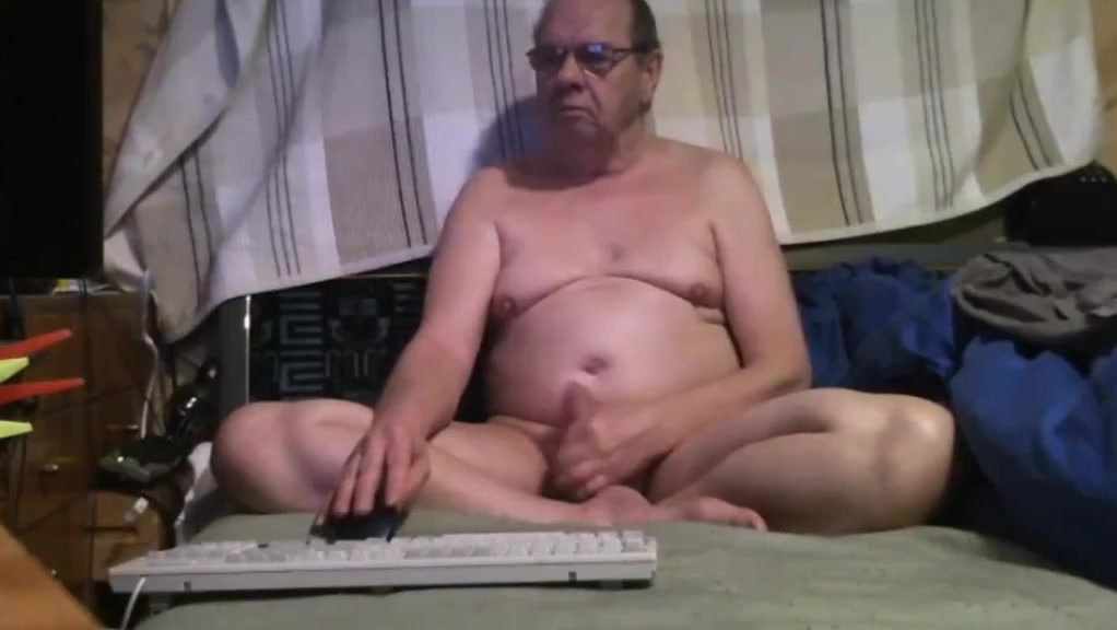 Grandpa stroke on webcam 3 pornvideos