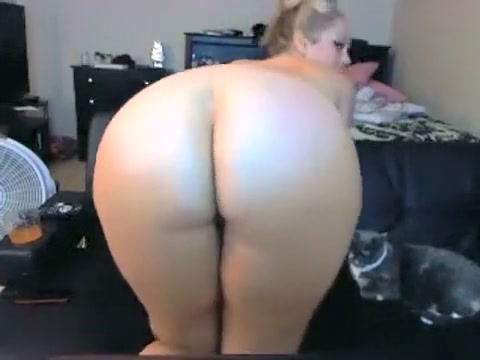Pawg showing your body on cam (very HOT!!)