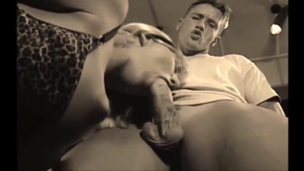 Hungarian  dina pearl anal
