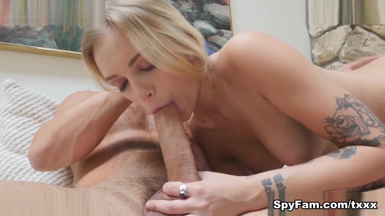 Alex Grey in Step-Dad Busted Filming Step-Daughter In Shower - SpyFam Teen shaking solo orgasm