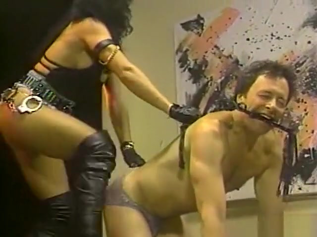 Captive Sessions w/ Arianna , Lady Sabrina , and slave Scott Japanese shaved pussy spread