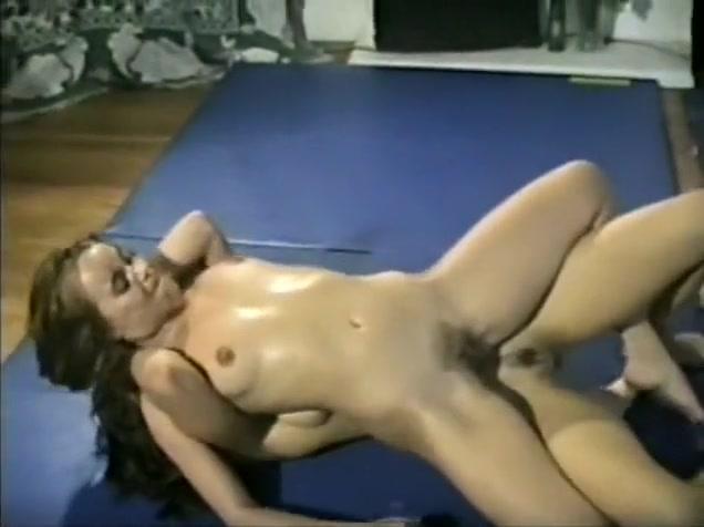 Raven nude femdom Summer Cummings Fucks Her Busty Lesbian Friend