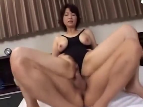 Japanese MILF having fun 129 What to get a boyfriend for valentines day when you just started hookup