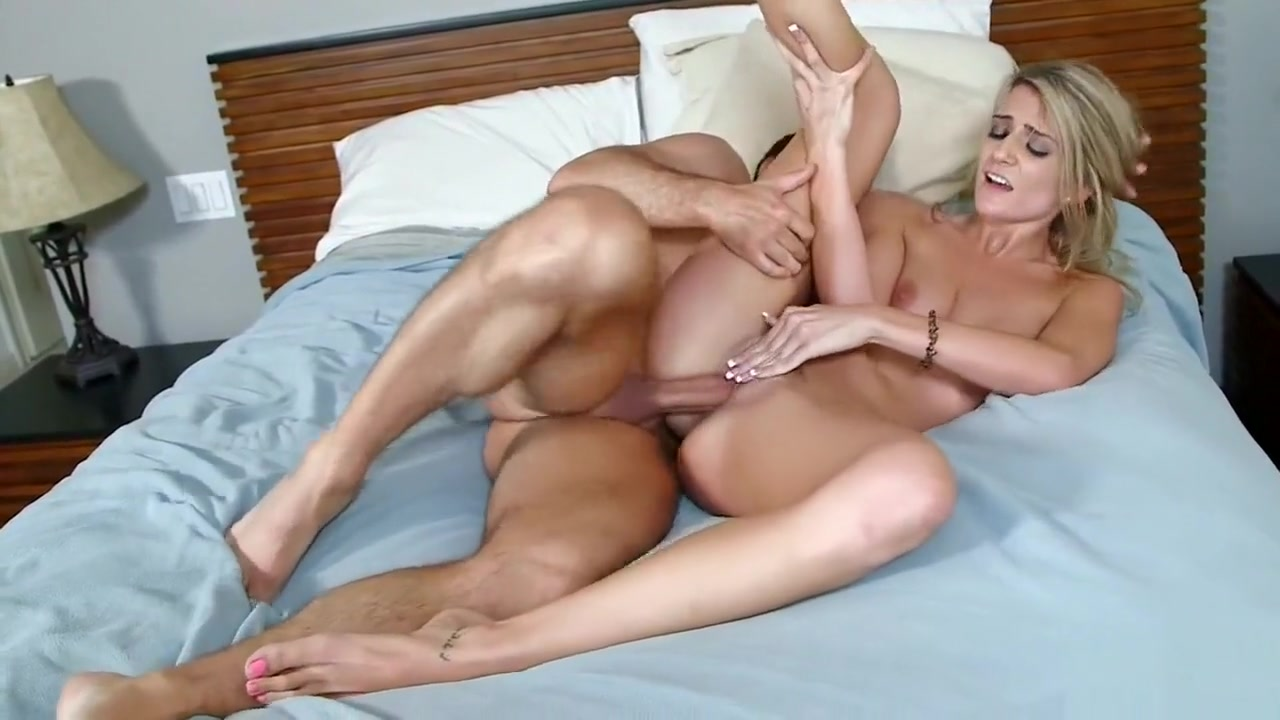 Horny Amanda Tate Takes A Ride Practical sex style at old age