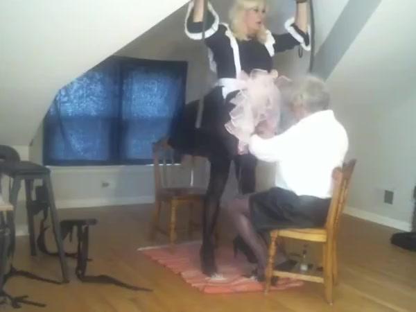 Sub maid jackie 1 Amateur milf sucks him hard !!