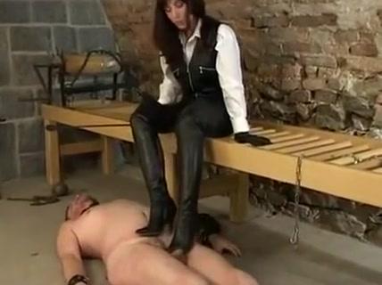 prisonier torture
