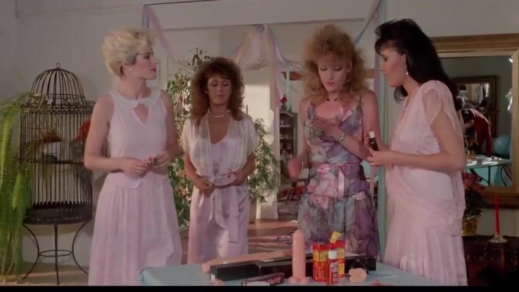 Classic 1986 hd Busco una buena polla para mamar tranquilamente
