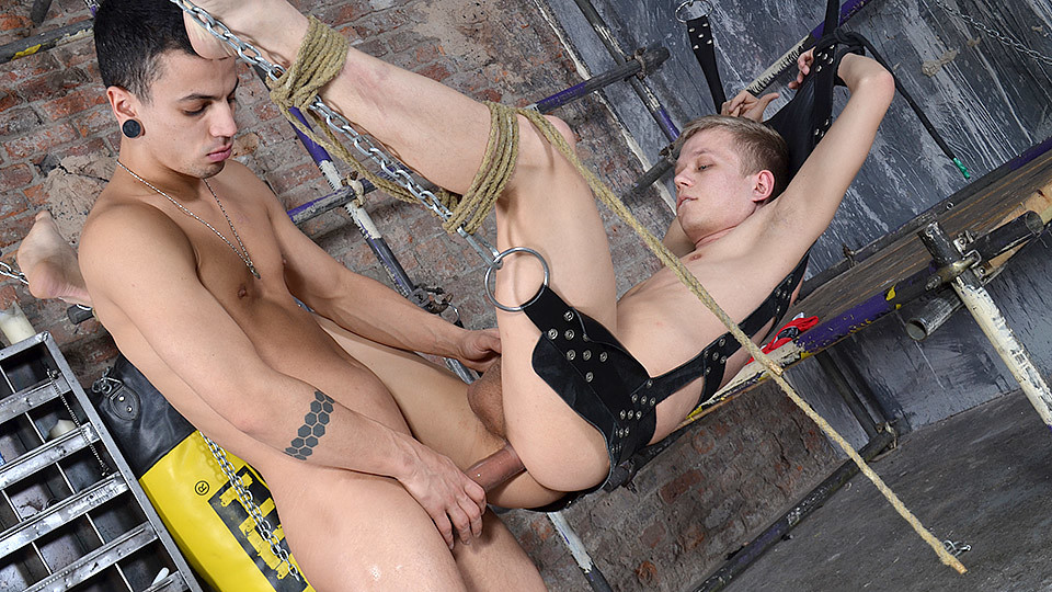 Swinging Boy Splashed With Jizz - Chris Jansen David Paw - Boynapped Ask and it is given esther and jerry hicks
