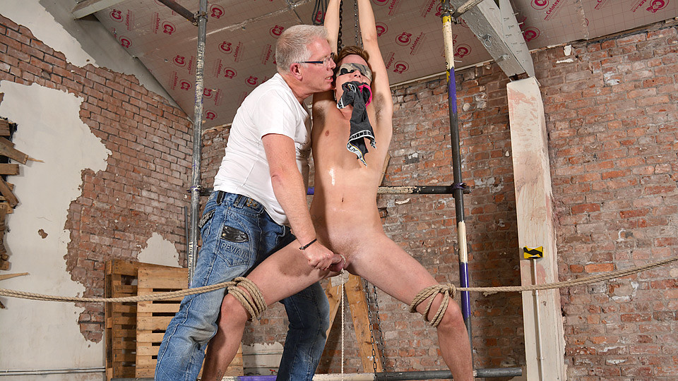 Stretched Made To Cum - Cameron James Sebastian Kane - Boynapped Browning dating service
