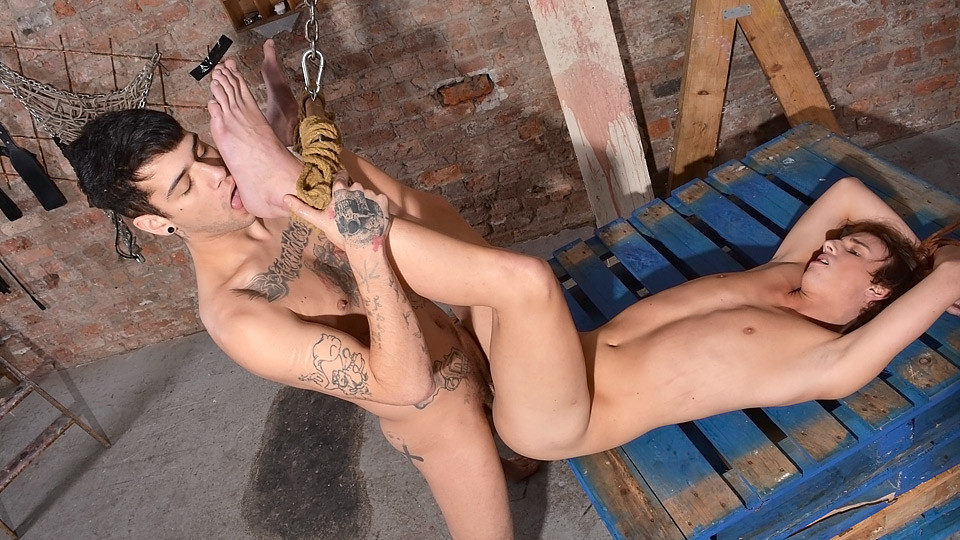 A Full-On Hard Fucking! - Casper Ellis And Mickey Taylor - Boynapped Single senior cruises 2018
