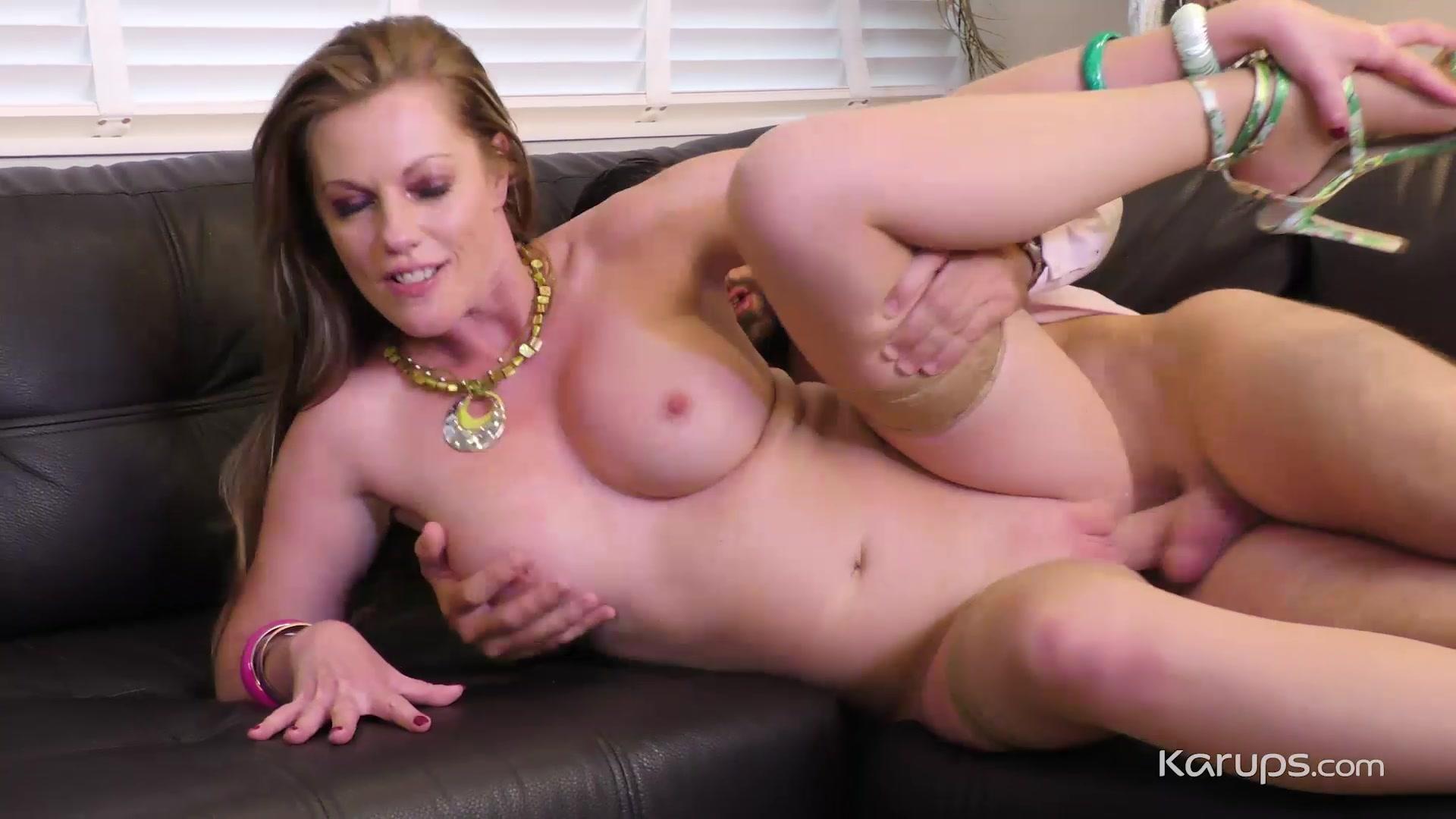 Holly Kiss - Karups is that justin bieber gay porn