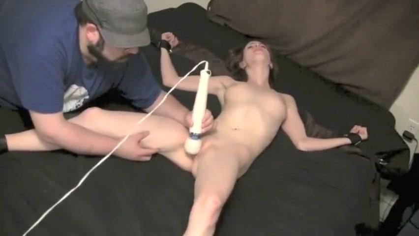 tickle torture evin Bbw legs pics