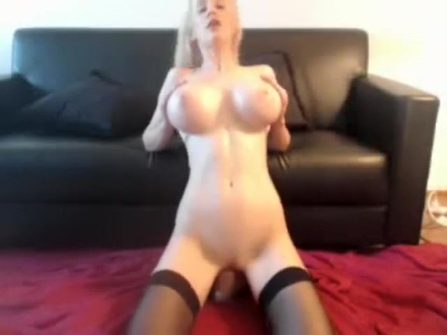 The most amazing girl ever playing with a dildo in a webcam show. girl gets herself off