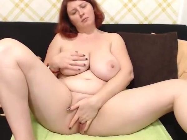 Redhead milf 1 Toilet porn photo