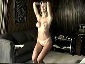 Great dance Arab girlfriend moaning while riding long schlong