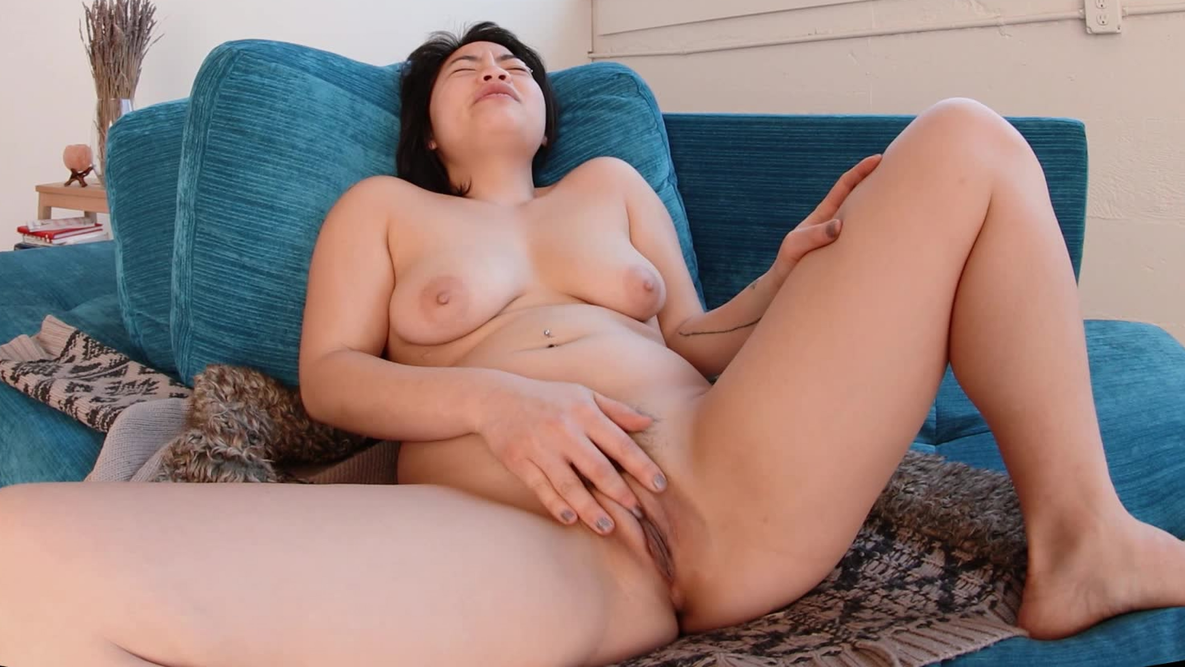 Hope Golds Orgasm Treasure - YanksVR Fucking hostel sexy girls