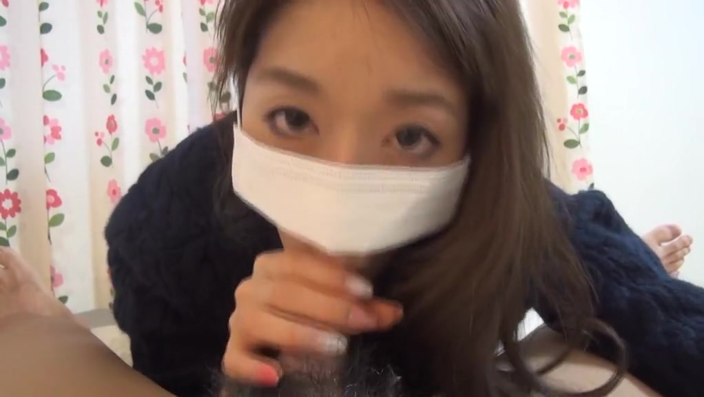 Japanese Surgical mask with pretty nice hand video of a hot naked girl with a perfect body