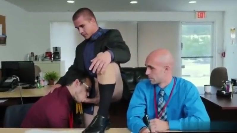 horny boss office pt2 Seeking a beautiful woman in Kalamata